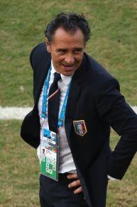 意大利主帅普兰德利宣布辞职足协主席递交辞呈