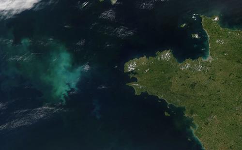 地球卫星照片展现蓝色星球各个角落(图)(3)