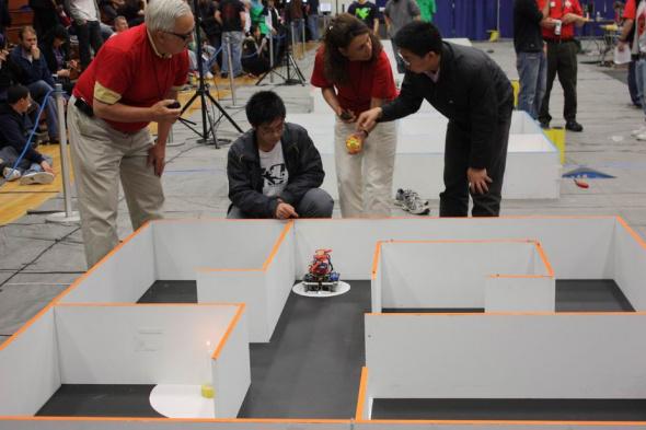 中国参赛选手的比赛正式开始了!