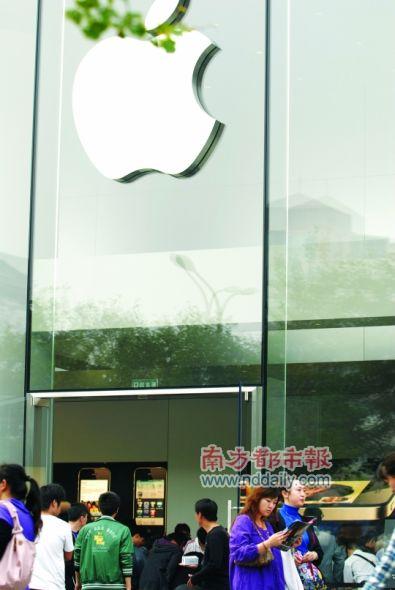 东莞联通目前暂未发布老用户合约计划升级服务,东莞的iPhone4老用户目前购买iPhone4也需上网预约。CFP供图