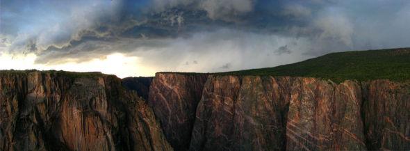甘尼森黑峡谷