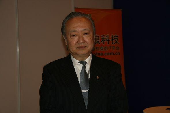 软银移动副总裁松本彻三