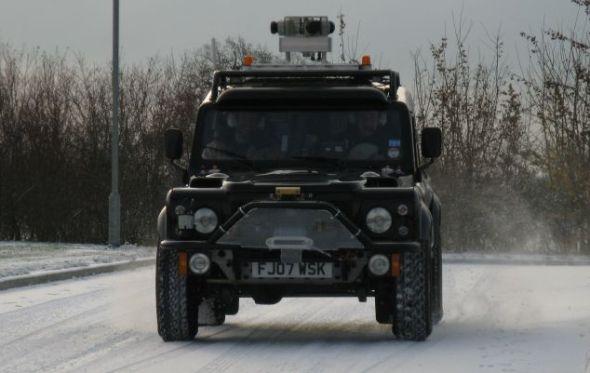"""""""野猫""""是全天候汽车,能够经受住多冰环境考验"""