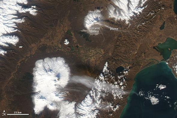 每日卫星照:俄罗斯堪察加半岛秋天