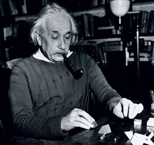研究人员利用1955年爱因斯坦去世时拍摄的大脑照片进行此项研究