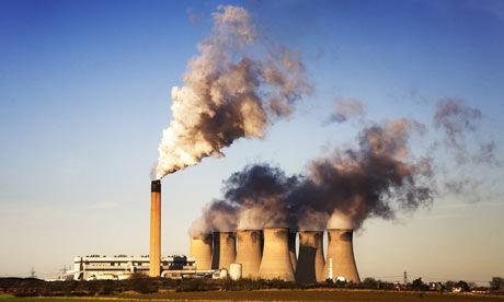 大气中的二氧化碳含量创下新高,主要原因是人为的排放,如发电厂等