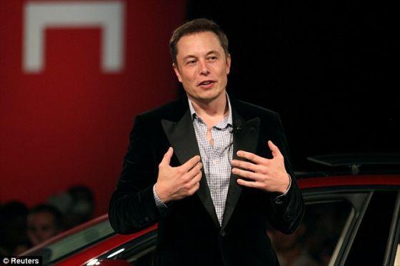SpaceX公司创始人兼CEO艾伦-马斯科已经宣布未来他将实施的移民火星计划,这项计划将会通过8万名付费先遣人员进行