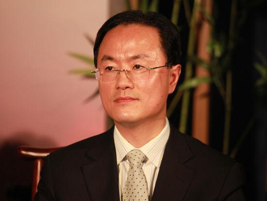 摩根士丹利亚洲董事总经理季卫东口述,互联网行业在中国还将是增长最快的行业。但在任何细分领域都竞争激烈的情况下,如何找到相对较好创业方向?选对池塘、关注商业模式、保持核心竞争力。