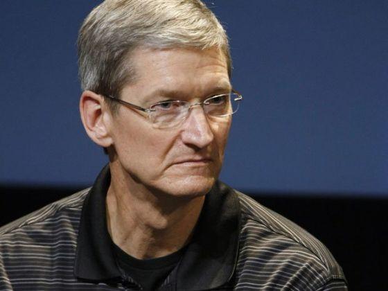 库克上任第一年,苹果已经面临中年危机