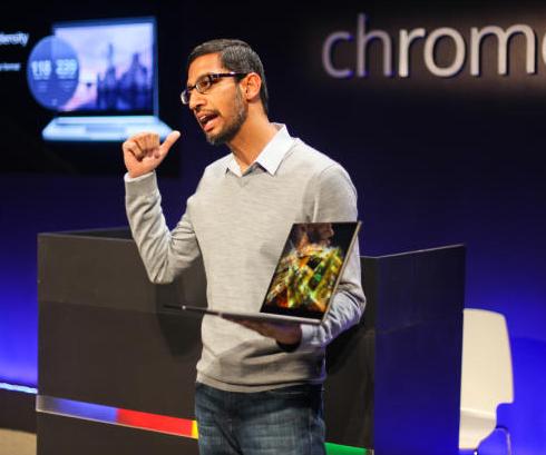 谷歌Chrome及应用高级副总裁桑达尔・皮恰伊展示Chromebook Pixel(更多组图)