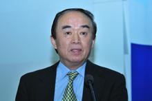 国家信息化专家委员会常务副主任周宏仁
