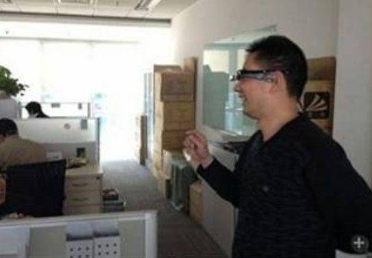 百度内测首个穿戴式设备Baidu Eye