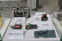 尼康D7100内部结构