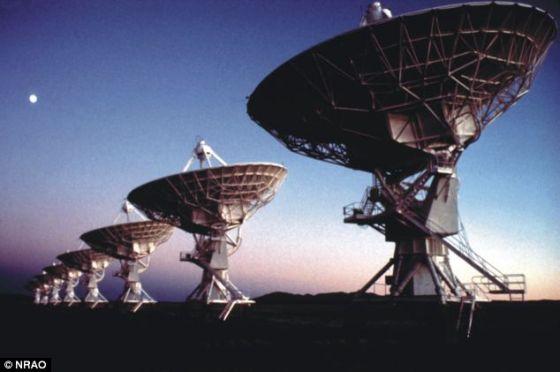 美国国家科学基金会的卡尔-G-詹斯基甚大天线阵,提供了有关新星形成所需的冷分子气体的信息