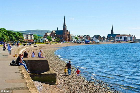 苏格兰沿岸城市拉格斯,一些居民称听到神秘噪音Hum