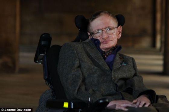 霍金教授在剑桥电影节开幕式当晚说人脑可能存在于身体之外,这为死后重生理论的可能性加大砝码。