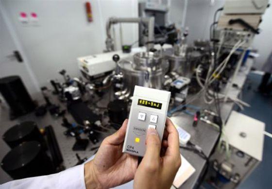 世界唯一实用化深紫外全固态激光器研制成功