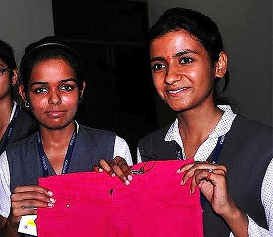 印度女学生发明防强奸牛仔裤,可向最近警局发求救信号。