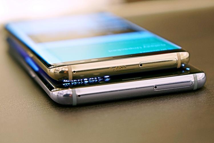 不只手机还有大量配件体验 三星S8现场玩