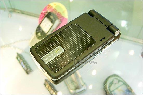 移动行货突袭诺基亚6260手机仅售1680元