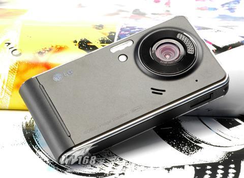 3.0寸超大屏幕LG高端拍照手机KU990评测(7)