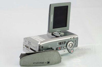 遥控摄象机东芝R60直落500现售5500元