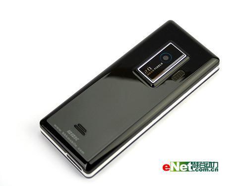 引领宽屏时代步步高镜面超薄机i8图赏
