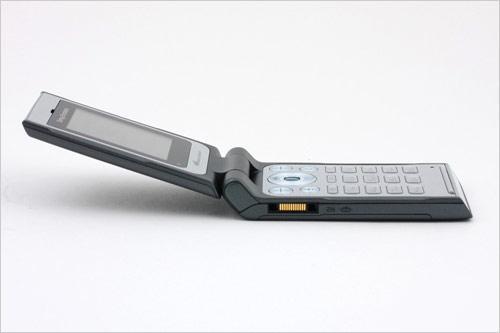 双屏幻美音乐索尼爱立信W380真机图赏