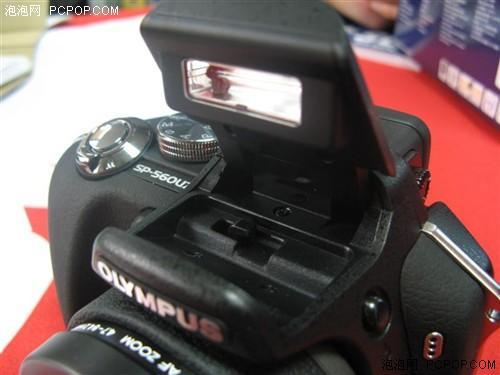 1cm微距到18X光变奥巴长焦SP560UZ降价