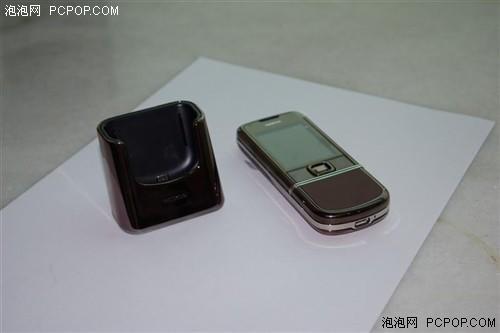 低调奢华诺基亚智能手机8800S逼近万元