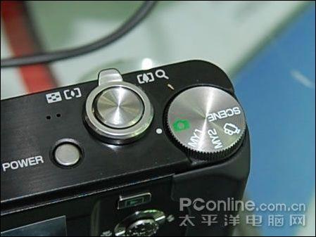 莱卡造型理光R8千万像高变焦DC仅2499