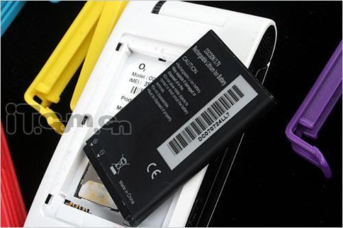 简约之美O2翻盖音乐手机COCOON评测(11)