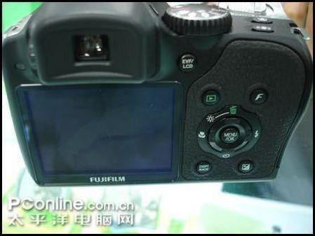 广角长焦双重防抖富士S8000fd仅2799