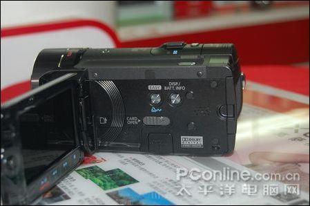 16G闪存便携DV佳能FS11现售价5650元