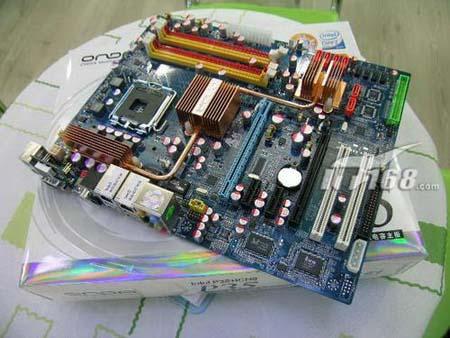 本周十大热门硬件:17寸普屏液晶竟叫价999