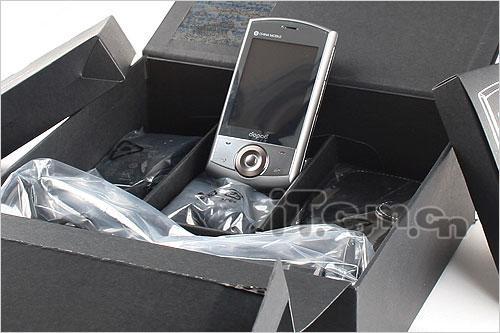内置GPS多普达智能机王P860售6200元