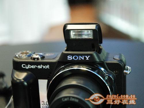 专为圣火传递准备八款小长焦数码相机选