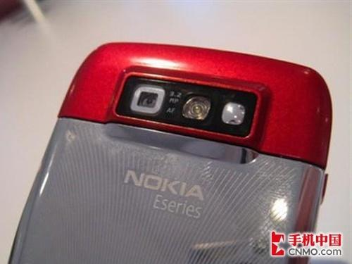 商务女性最爱诺基亚E71红色版再降价