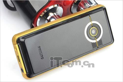廉价也专业飞利浦音乐手机M600卖698