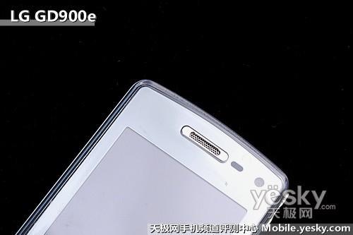 透明键盘设计LG滑盖拍照王GD900e评测