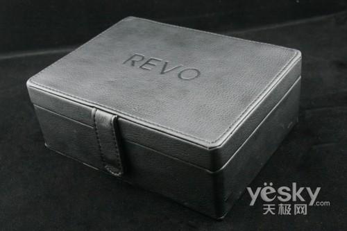革新双屏设计 七喜高端手机RV007评测_手机