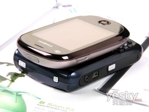 小巧圆润酷派双网双待3G机E600评测