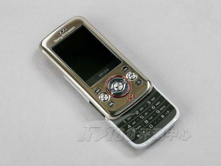 金属质感索爱滑盖音乐手机W395卖870