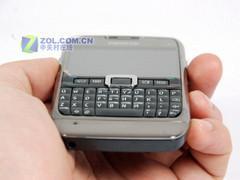全键盘热门手机 行货诺基亚E71欲破两千