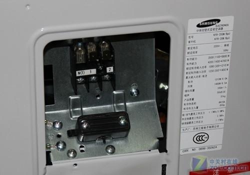 家电 > 正文     现场装机抽真空   三星kfr-35gw/bpu采用直流变频