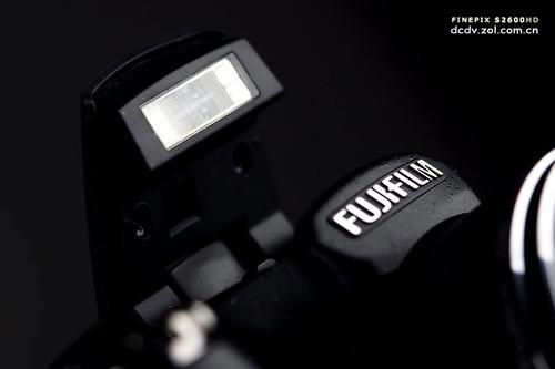 18倍光学变焦镜头长焦DC富士S2600评测(3)