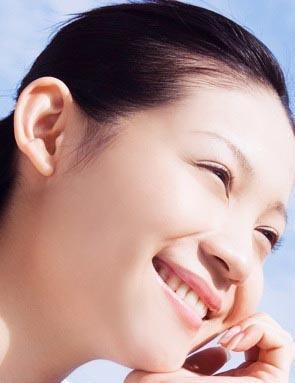 photoshop调出美女照片肤色红润的脸部中国设计素材网站图片