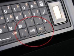 全键盘经典里程碑 摩托罗拉XT702热卖中