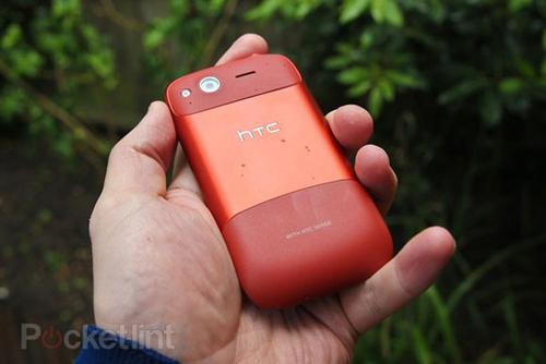 再玩换壳游戏HTC红色DesireS(G12)现身