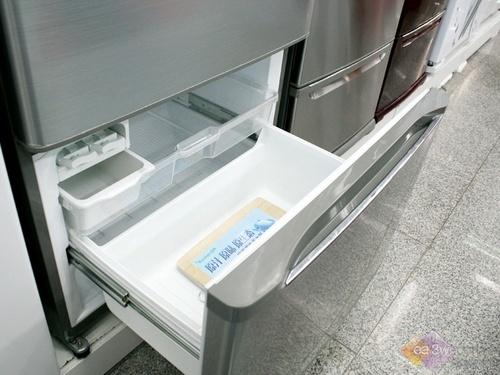 容声高端多门冰箱 节能设计国美受捧